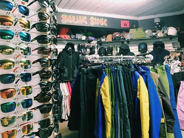 Retail at Sasquatch Mountain Resort