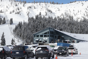 Parking lot at Sasquatch Mountain with lodge in background